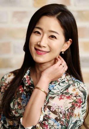 Kim Ha Young (김하영) - MyDramaList
