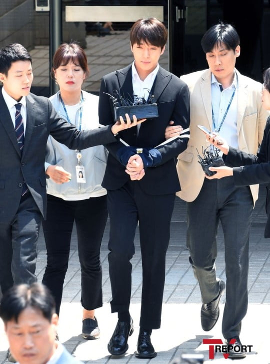Prosecution demands 7 and 5 years in prison for Jung Joon Young ...
