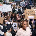 Fãs de KPOP derrubam app para proteger manifestantes do Black Lives Matter