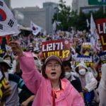 Mesmo após protestos, Coreia do Sul anuncia novo lockdown